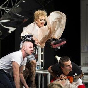 Szalone_Nozyczki_Teatr_Dramatyczny_w_Bialymstoku_fot_Bartek_Warzecha (5)